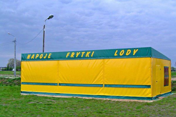 Stoisko w formie niewielkiej hali Ługowscy Białystok